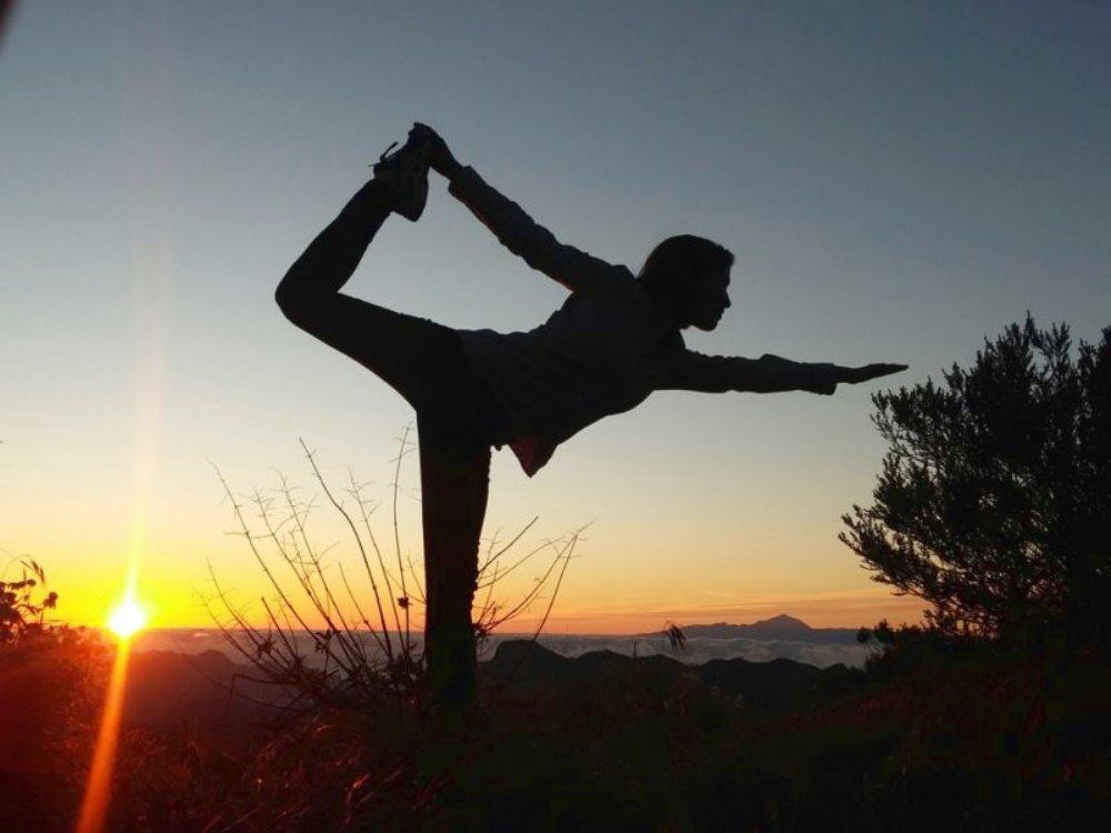 Yoga in inverno in campagna Ritrovare l'energia e preparare il fisico al rinnovamento primaverile