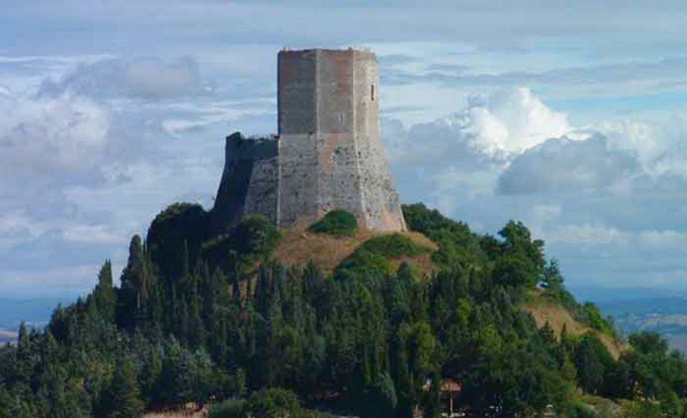 Castiglione d'Orcia: un borgo da scoprire. Visitare la val d'Orcia: terra di sorprese