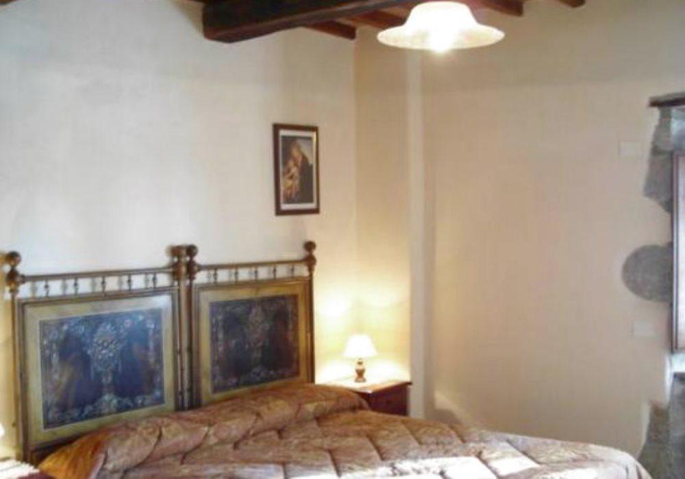 LA LIMONAIA 2 camere da letto, 2 bagni, soggiorno pranzo, cucinotto. 4+2 posti letto.